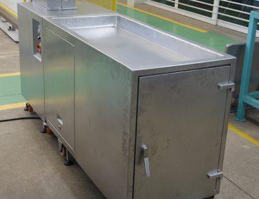 Sausage peeler incl. vacuum tank front